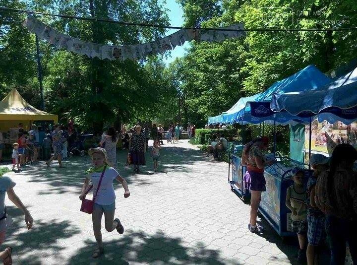 Вчера в парке бесплатно катали детей, фото-1