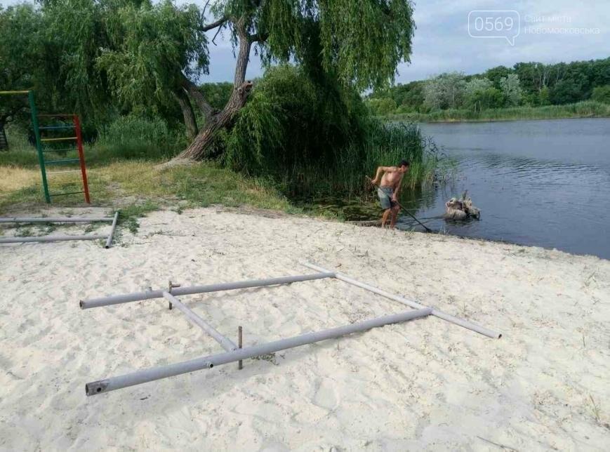 Продолжаются работы по благоустройству Вороновского пляжа, фото-1