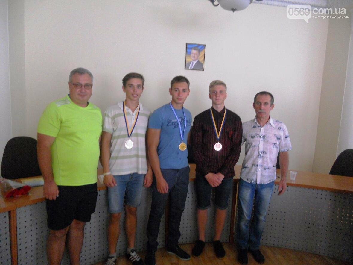 В Новомосковске чествовали чемпиона, фото-7