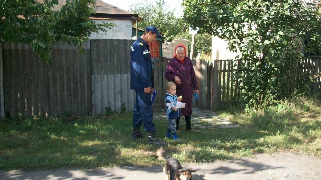 Спасатели напомнили жителям Новомосковска правила безопасности, фото-2