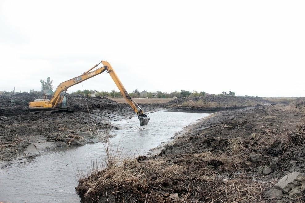 На Новомосковщине расчищают речку Самарчук , фото-1