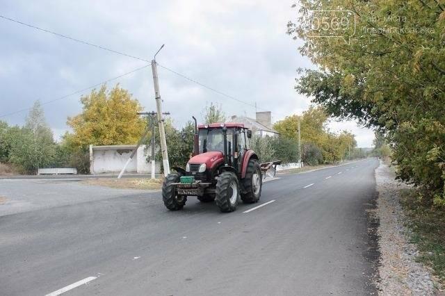 Цього року в Новомосковському районі відремонтували сім комунальних доріг, фото-3