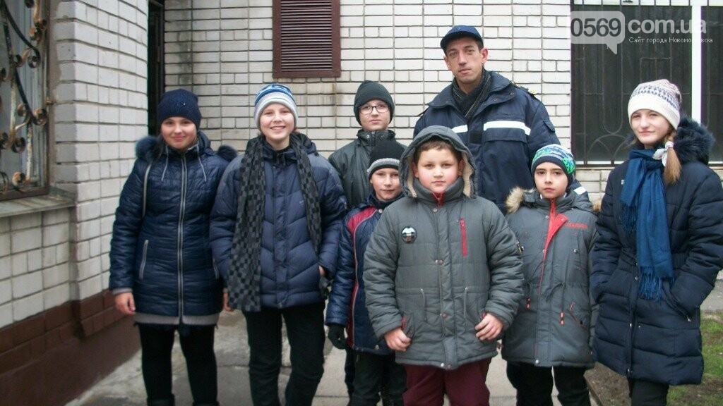 Рятувальники Новомосковська нагадали населенню елементарні правила безпеки, фото-5