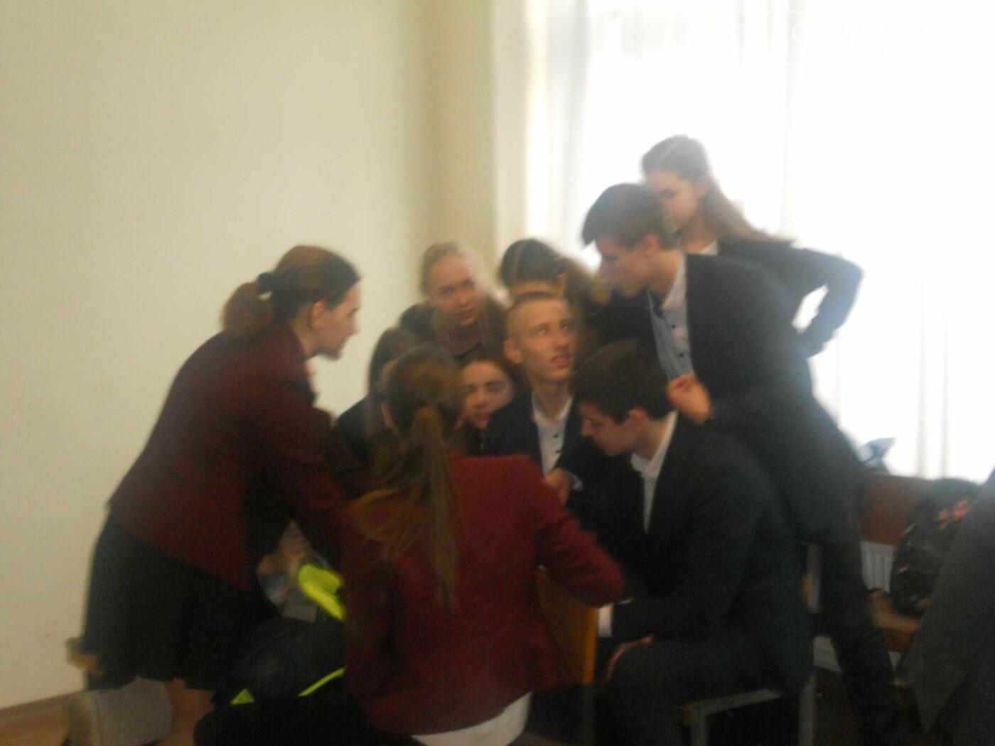 В Новомосковському суді вітали незвичайних гостей, фото-8