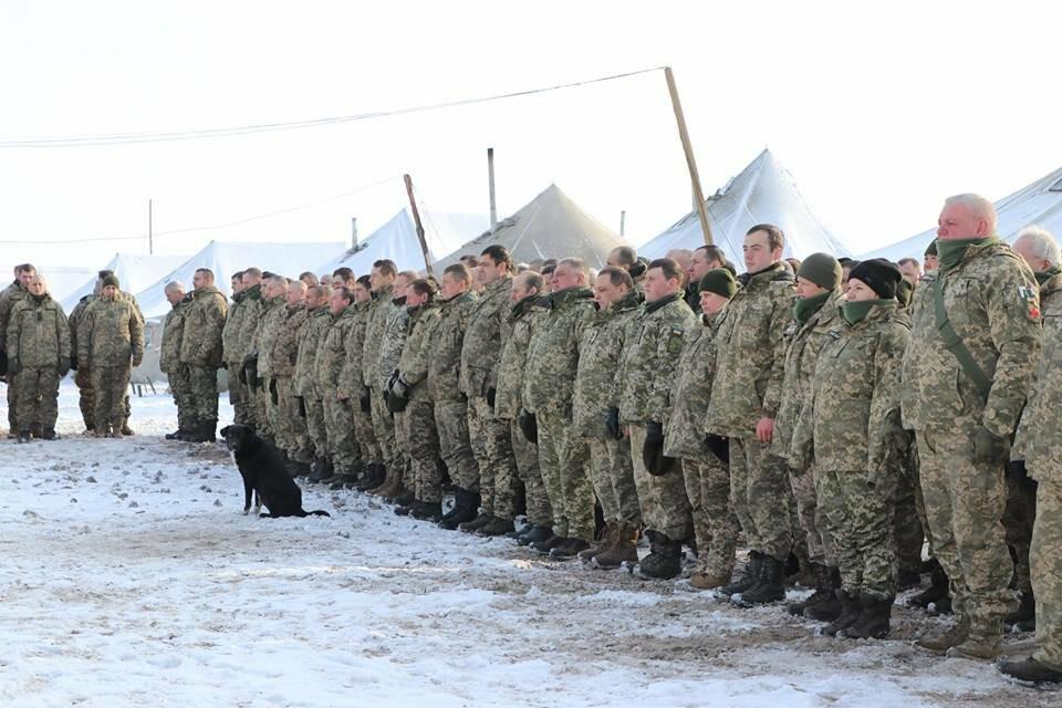 У Черкаському бійців «Айдару» зустрічали оркестром та військовими нагородам, фото-2