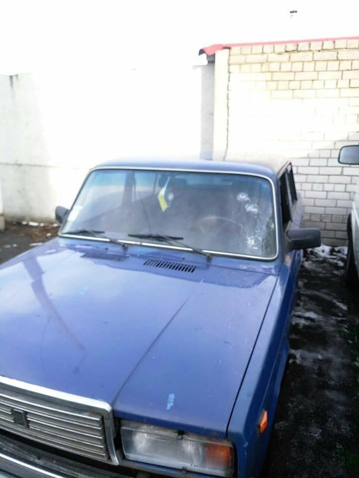 У Новомосковському районі зі стріляниною викрали автомобіль, фото-1