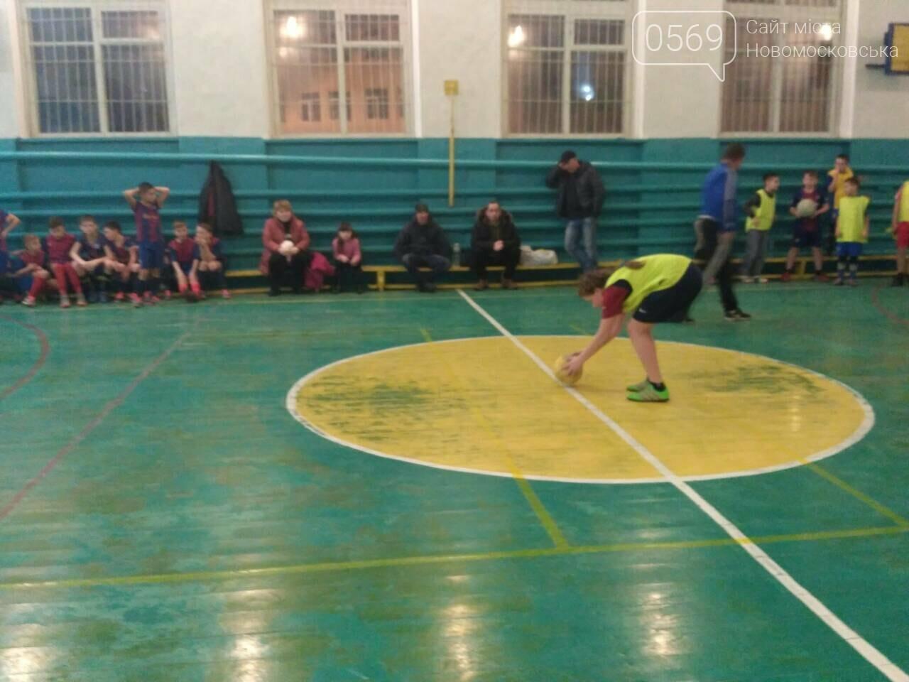 Юные футболистки Новомосковщины готовятся к чемпионату области, фото-6