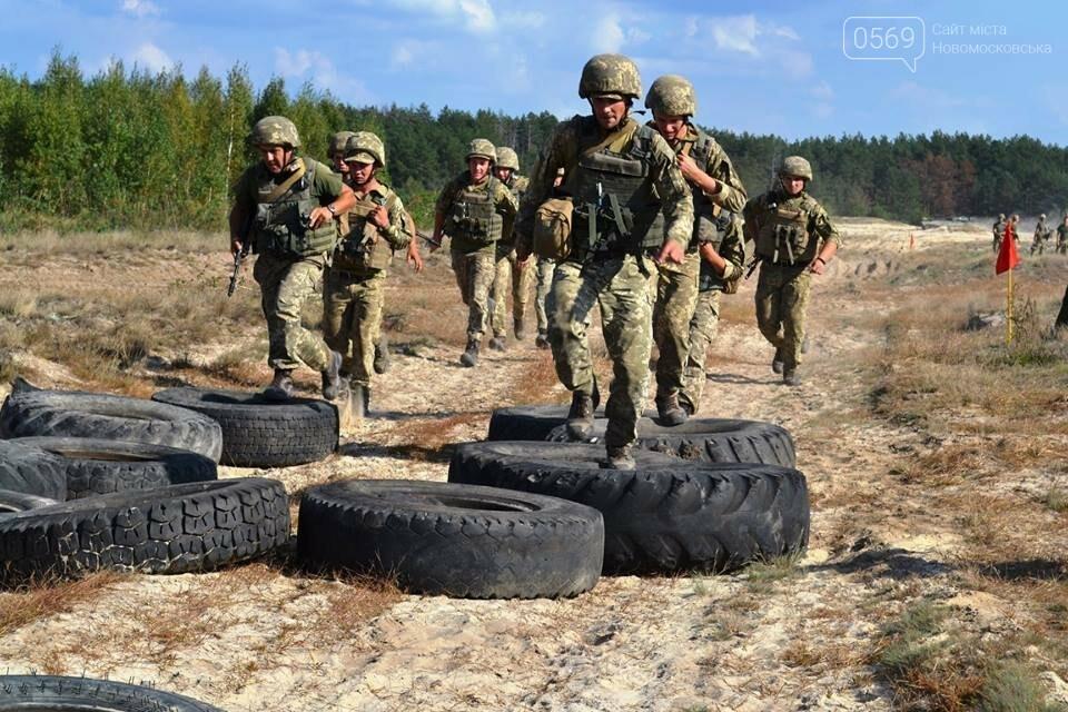 Артилеристів  військової частини з Новомосковщини визнали кращими в десантно-штурмових військах, фото-5