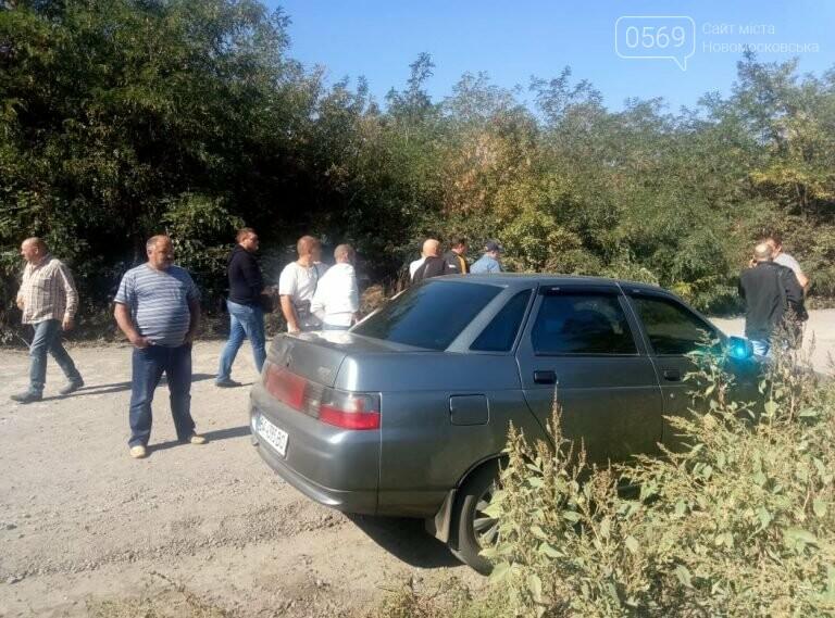 Поля агрофірми «П'ятихатська» грабує батальйон рейдерів під керівництвом зятя нардепа Берези, фото-2