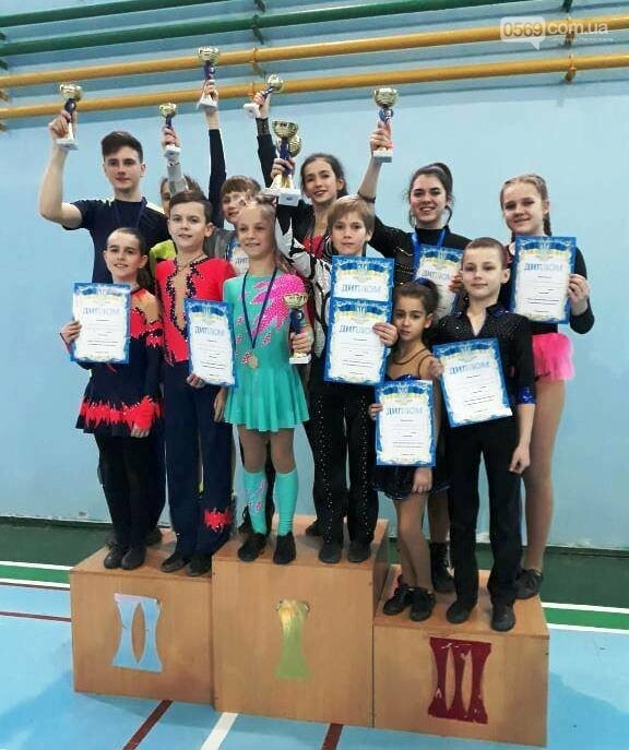Новомосковці стали чемпіонами області з акробатичного рок-н-ролу, фото-1