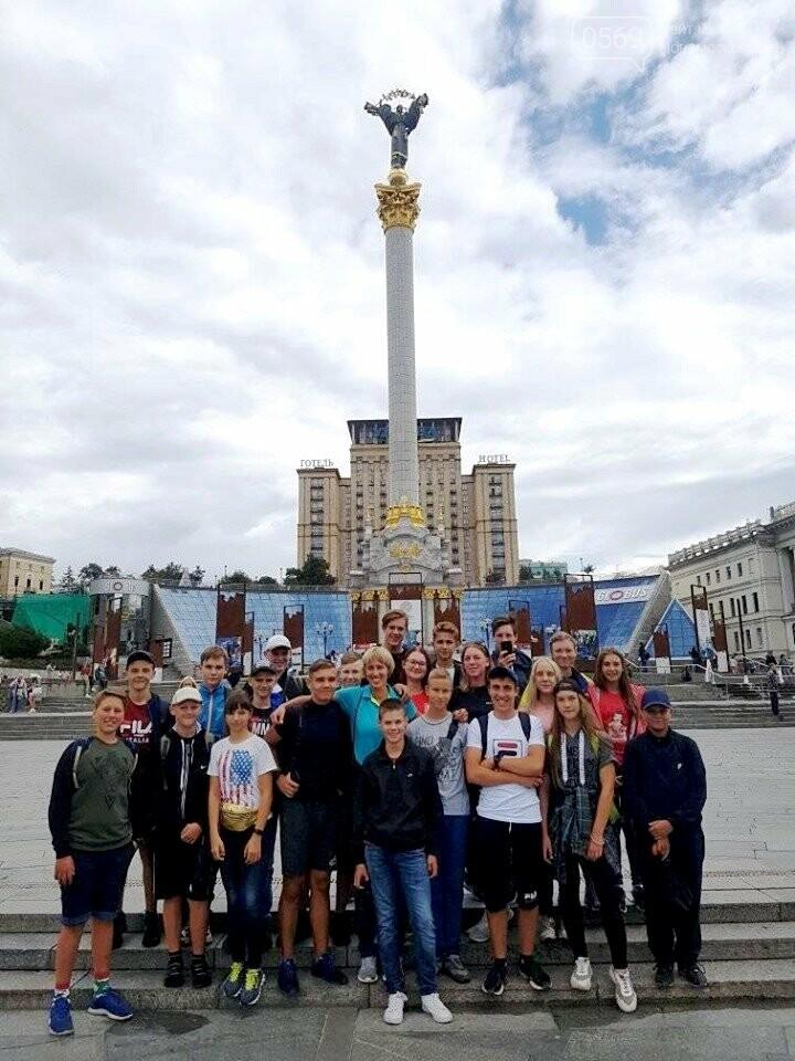Новомосковські веслувальниці привезли з кадетської ліги «Золоте весло» дві найвищі нагороди, фото-3
