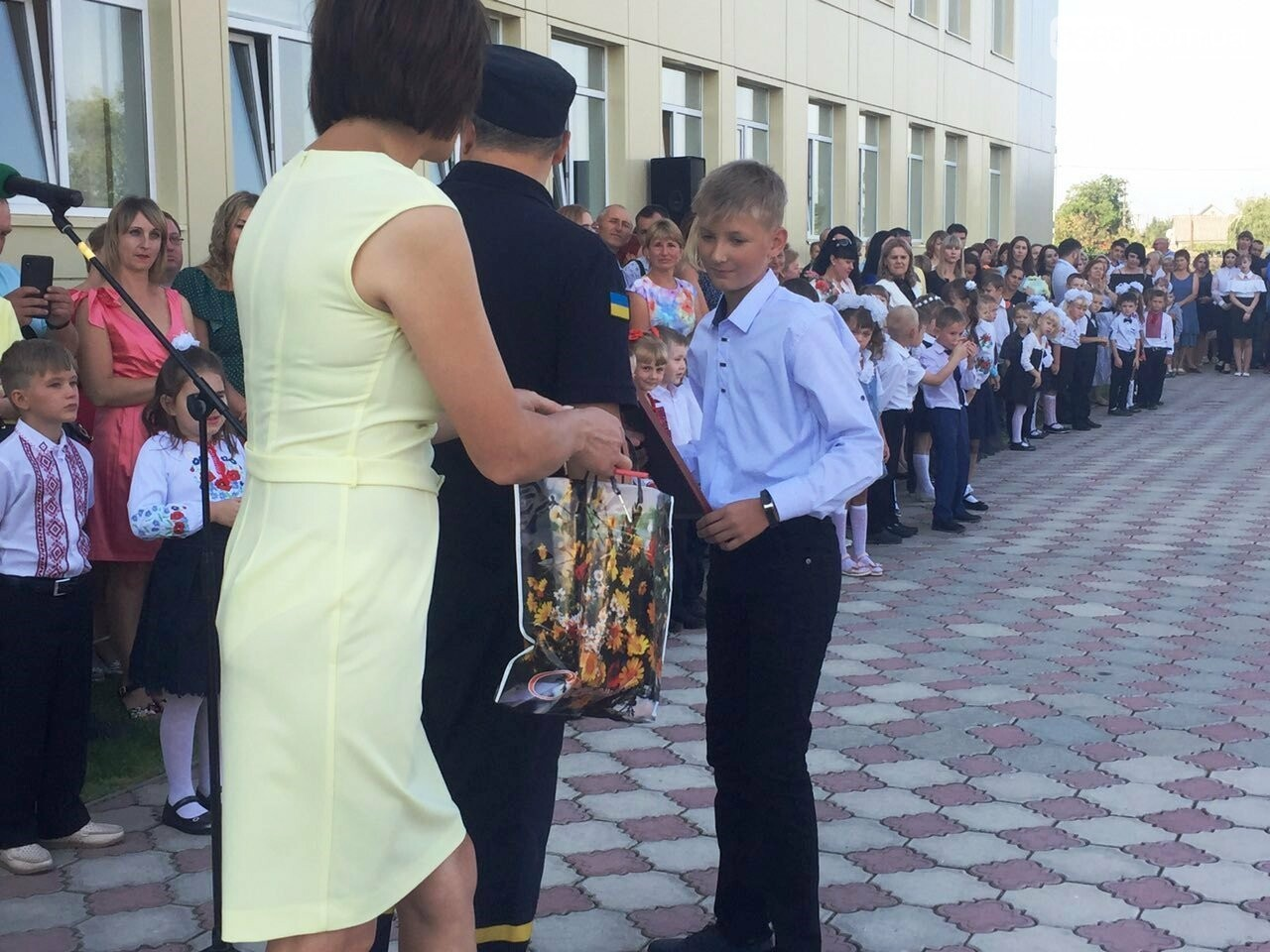 Дітям, які тушили пожежу в Піщанському лісі, вручили грамоти за мужність та подарунки, фото-1