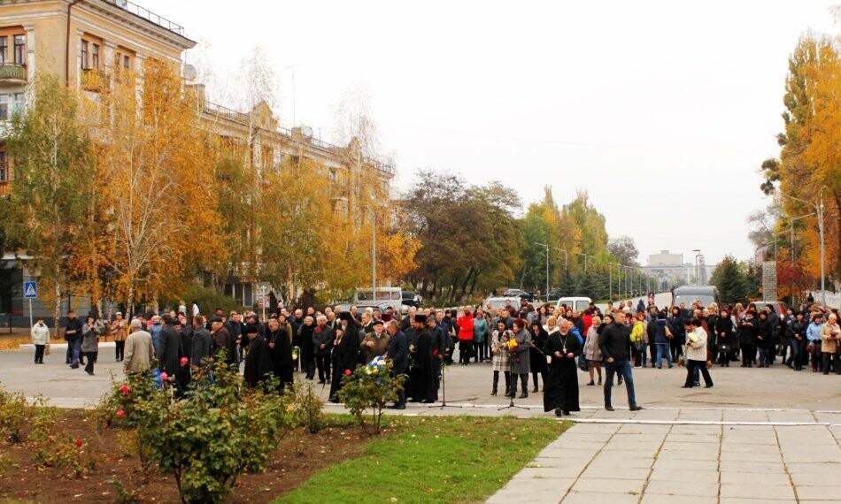 Новомосковці вшанували пам'ять загиблих у Другій світовій війні, фото-6