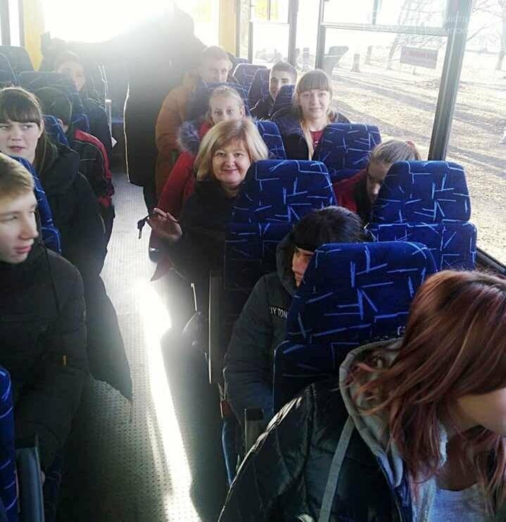 Учні однієї з шкіл Перещепинської ОТГ отримали новенький шкільний автобус, фото-2