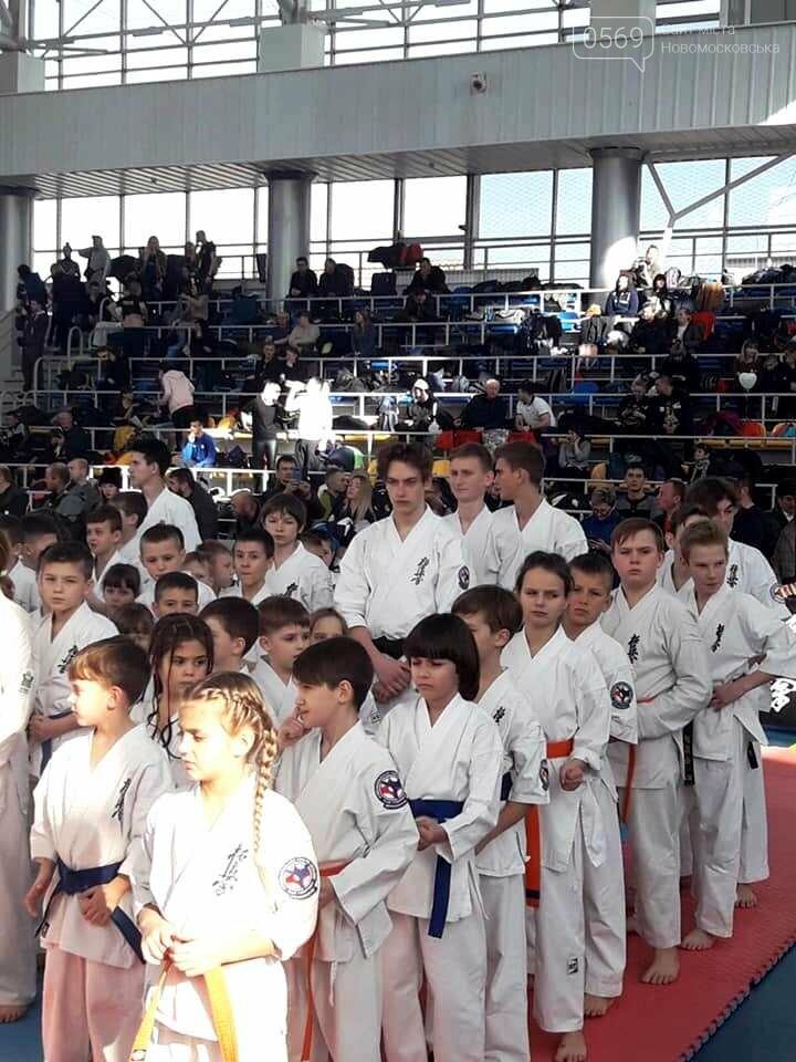 На Всеукраїнському чемпіонаті каратисти «Sentoki Club» з Новомосковська здобули золото і бронзу, фото-3