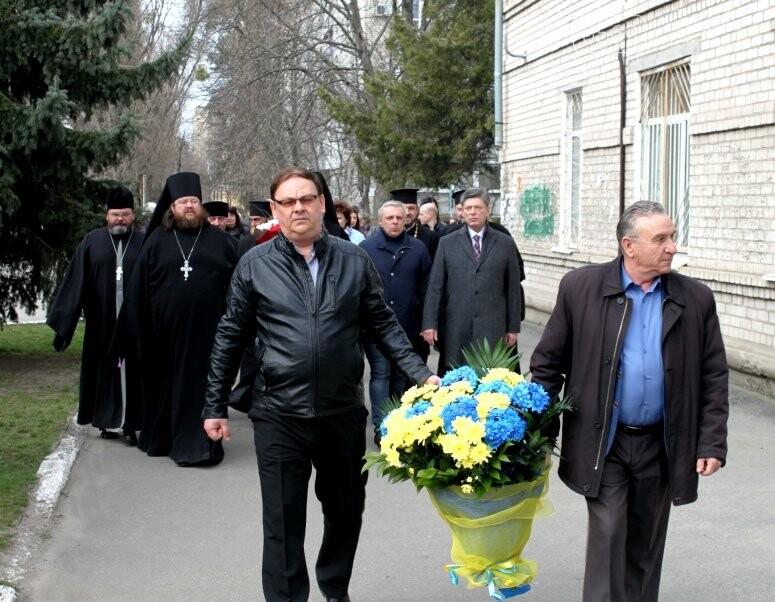 У Новомосковську вшанували пам'ять Великого Кобзаря: фото, фото-3