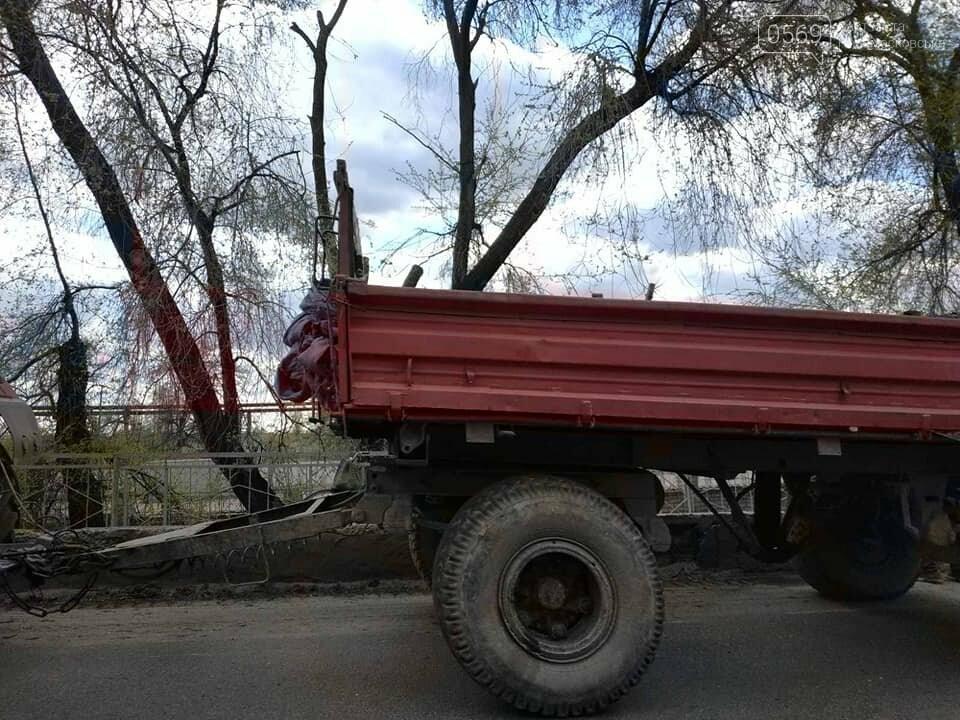 У Новомосковську тривають роботи з благоустрою міста, озеленення та ремонтів, фото-14