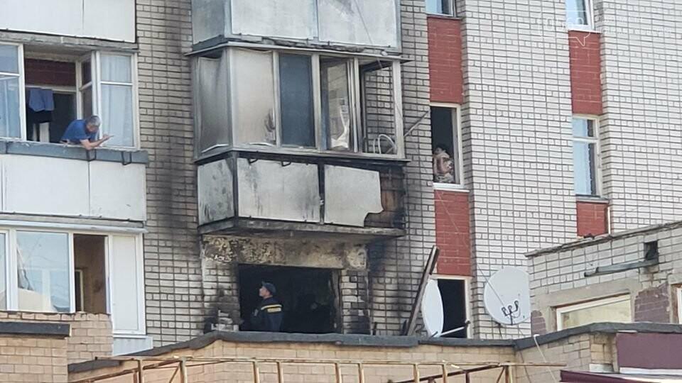 У центрі Новомосковська горіла квартира: серйозно постраждав її власник; 7- річного ж хлопчика врятували, фото-3