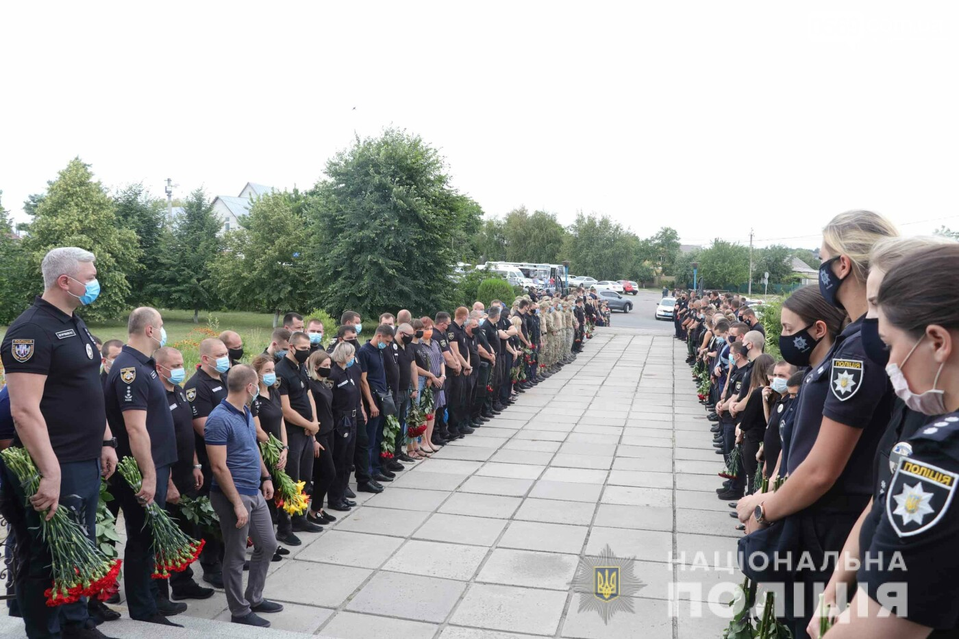 Дніпропетровщина провела в останню путь поліцейського Дарвіна Потуданського , фото-2