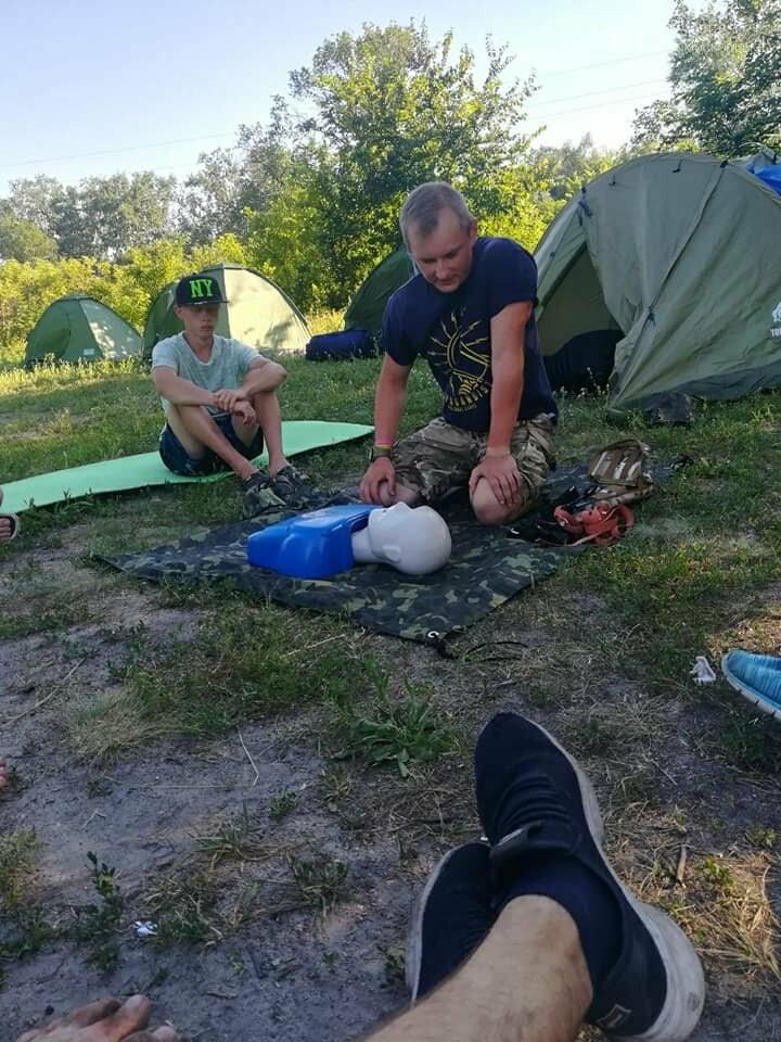 На Новомосковщині пройшов перший літній екотабір Summer camp '20, фото-1