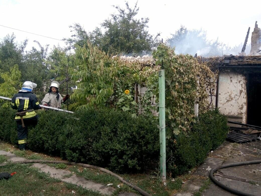 У Перещепиному Новомосковського району вщент згорів житловий будинок, фото-2