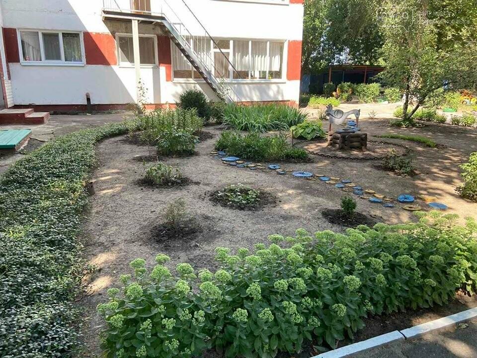 У Новомосковську конкурсна комісія відвідала навчальні заклади: незабаром голосування за «Кращий благоустрій територій шкіл та садочків», фото-3