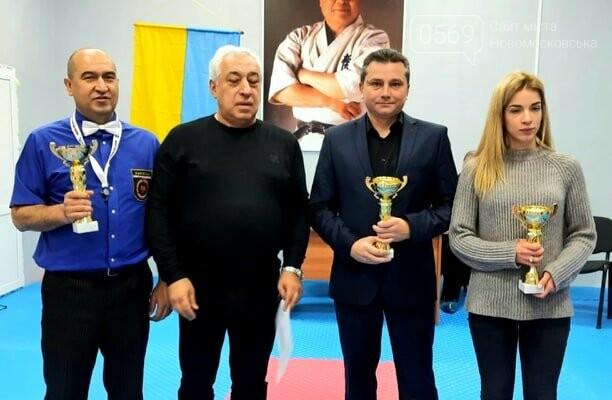 """Змагаючись у новому для себе стилі, каратисти СК """"IRINA"""" з Новомосковщини вибороли два золота і кубок обласного турніру, фото-5"""