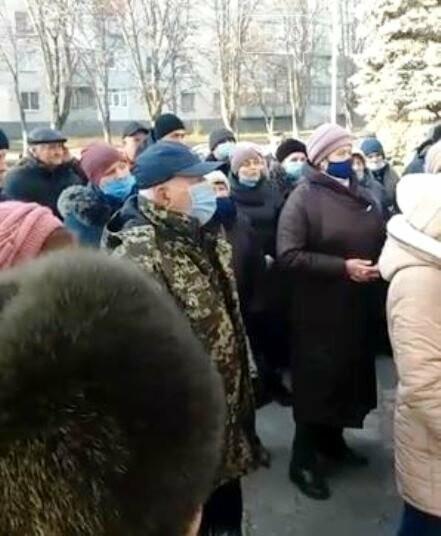 Мешканці Новомосковська підготували лист-вимогу до Уряду країни та Президента, фото-3