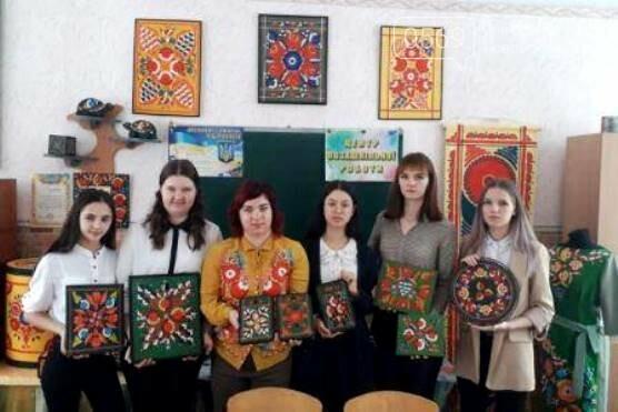 Керівник одного з гуртків ЦПР Новомосковська увійшла до Книги рекордів України, фото-5