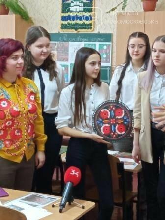 Керівник одного з гуртків ЦПР Новомосковська увійшла до Книги рекордів України, фото-8