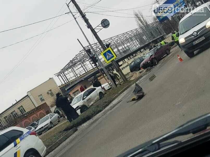 """Слідчі просять допомогти з""""ясувати обставини ДТП у Новомосковську, фото-2"""