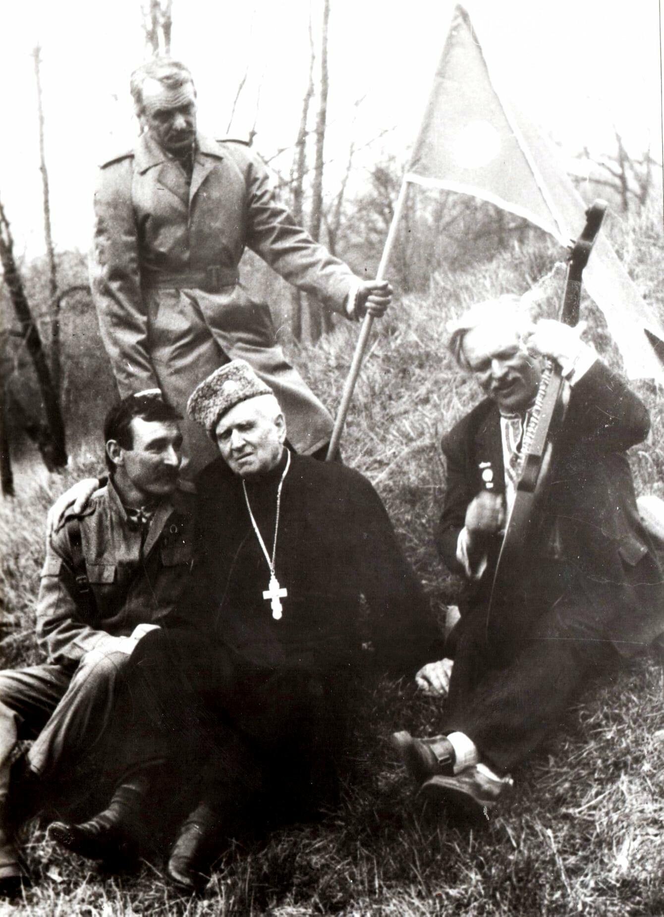 У Новомосковському історичному музеї презентували виставку картин Миколи Сарми-Соколовського , фото-13