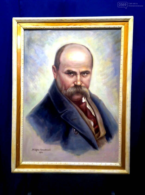 У Новомосковському історичному музеї презентували виставку картин Миколи Сарми-Соколовського , фото-4