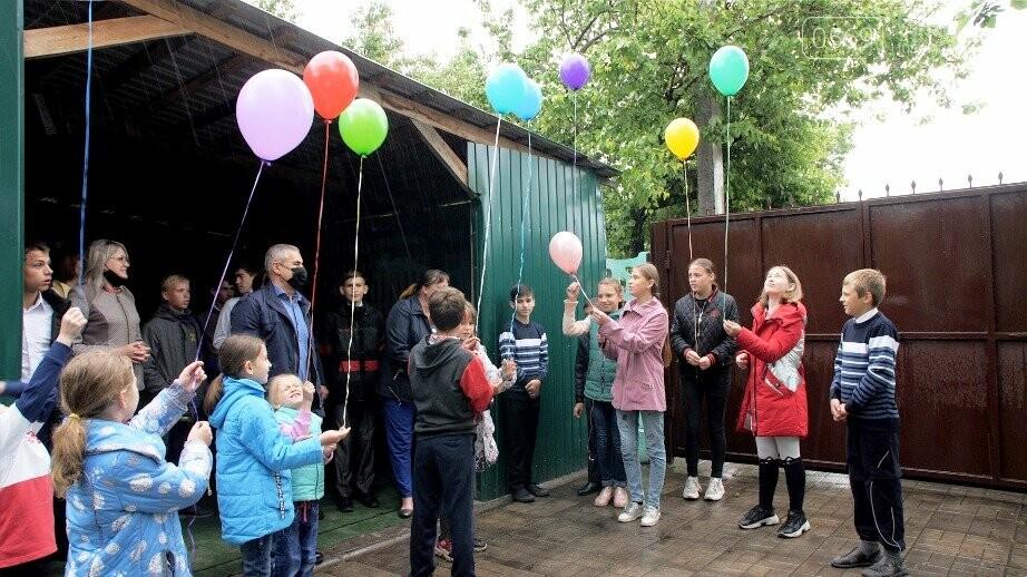 Міський голова Новомосковська привітав дітей двох дитячих будинків сімейного типу, фото-4