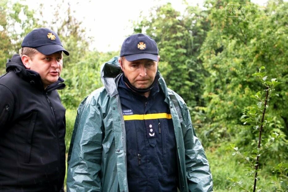 Надзвичайники борються з підтопленнями на території Дніпропетровщини внаслідок тривалих опадів: ФОТО, ВІДЕО, фото-5