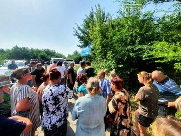 Кулебівчани у Новомосковську блокували роботу ДТЕКу по заміні на мікрорайоні електромереж: що обурило людей, фото-2