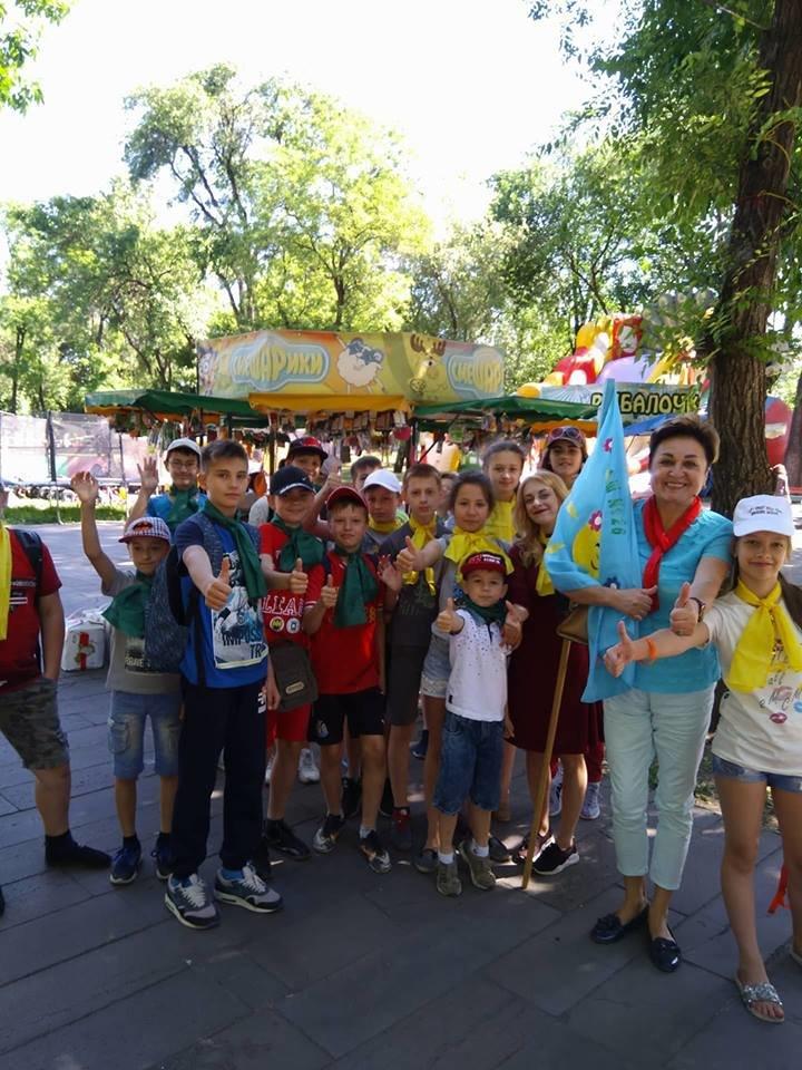 Ко Дню защиты детей команда Александра Вилкула подарила тысячам маленьких жителей Днепропетровщины веселые праздники (фото), фото-6